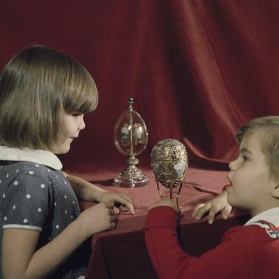 Cossitt children viewing Fabergé imperial eggs